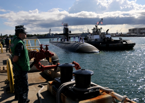 JOINT BASE PEARL HARBOR-HICKAM, Hawaii (May 30, 2013) The Los Angeles-class attack submarine USS Bremerton (SSN 698) moors pierside at Joint Base Pearl Harbor-Hickam as she returns from a deployment to the western Pacific region.