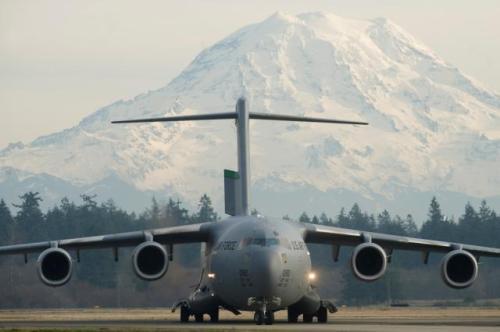 C-17-and-Mt-Rainier