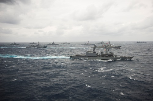 PHILIPPINE SEA  (Nov. 28, 2013) The George Washington Strike Group and Japan Maritime Self-Defense Force ships participate in tactical maneuver training during Annual Exercise (AnnualEx) 13. AnnualEx 13 is designed to increase the defensive readiness and interoperability of Japanese and U.S. Naval forces through training in air and sea operations.