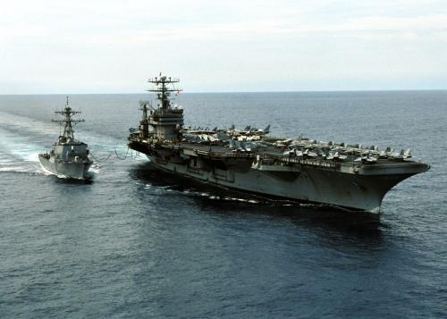 USS Carl Vinson (CVN-70) refuels USS O'Kane (DDG-77)