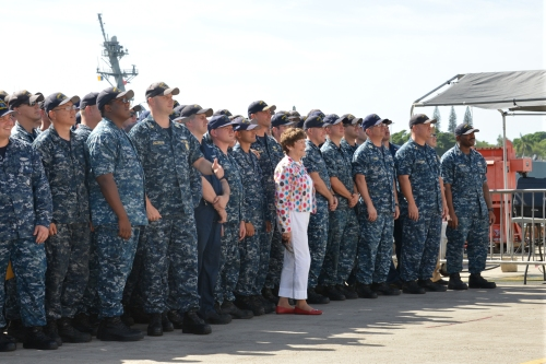 PEARL HARBOR (NOV. 9, 2015) Patty Lent, the mayor of Bremerton, Wash., stands with the crew of the USS Bremerton (SSN 698) for a photograph by the ship's photographer at the conclusion of a ceremony to present awards from the Bremerton-Olympic Peninsula Council of the Navy League to the crew. (U.S. Navy photo by Lt. Brett Zimmerman/Released)