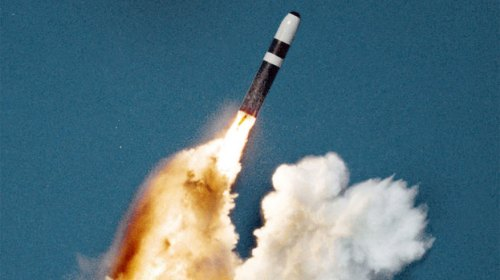 trident-nuclear-missile-launch-from-a-submarine