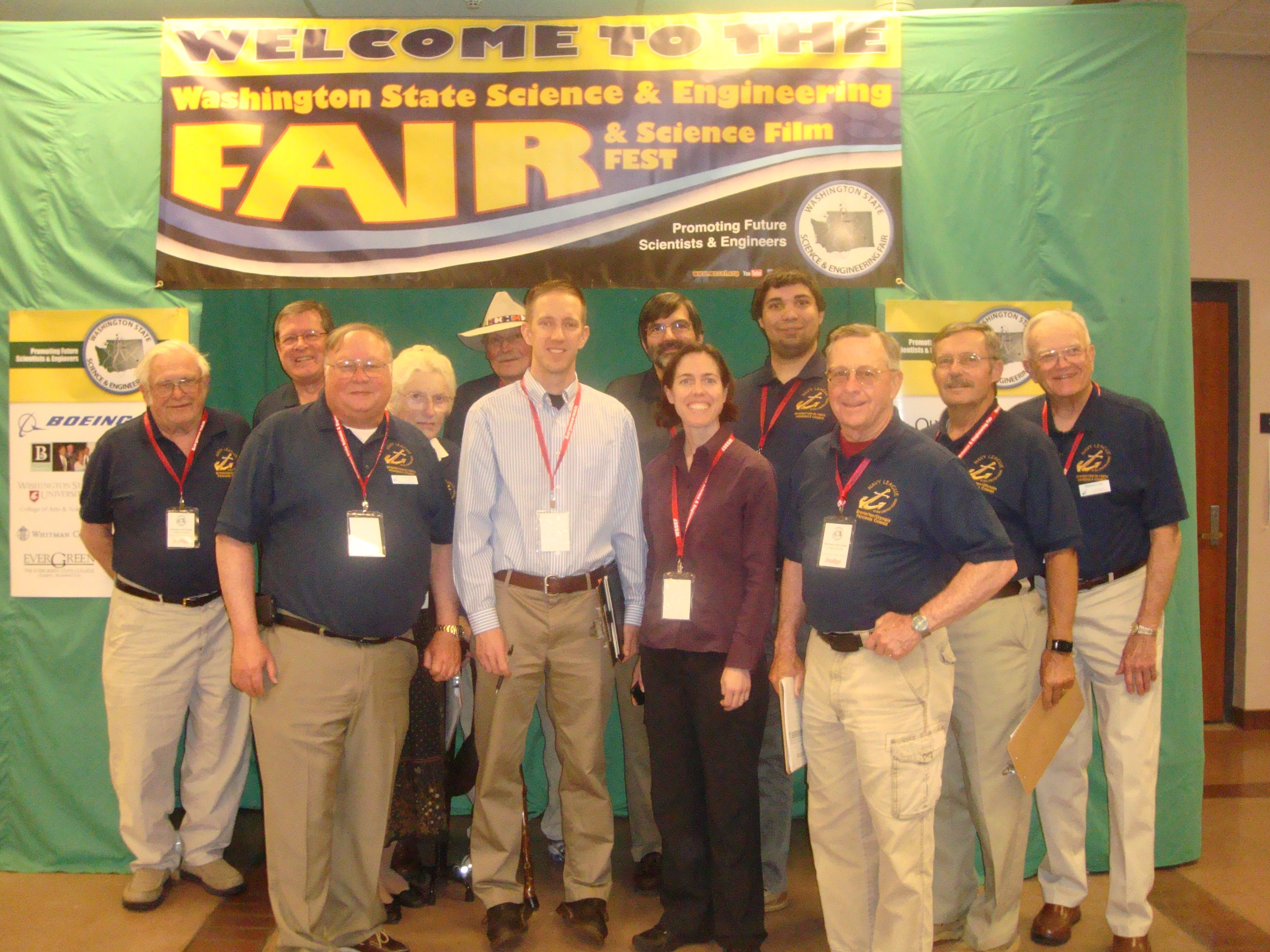 navy league presents awards at state science fair bremerton